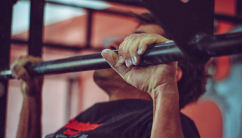 Pull-up stang test: De 6 beste chin-up barene (2021)
